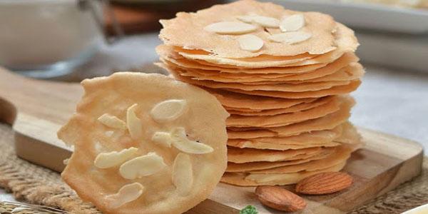 Kue Almond Crispy