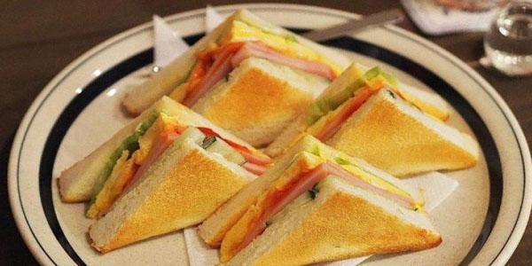 Sandwich Daging dan Telur